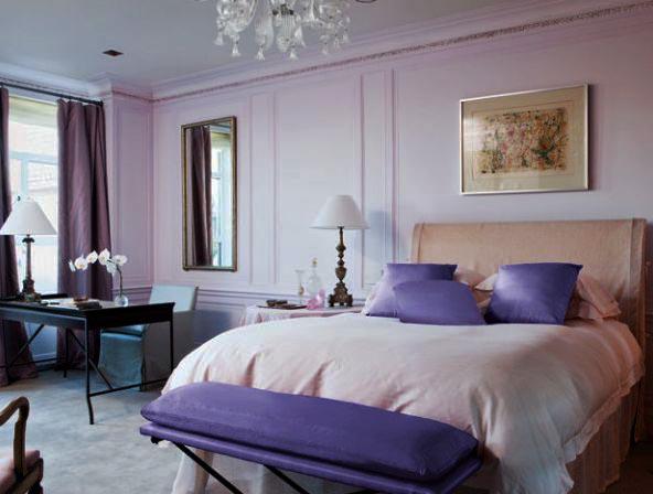 Интерьер комнаты в фиолетовом